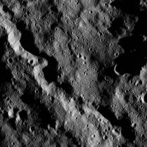 A winding canyon south of Yalode crater