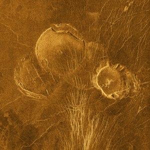 lowlands-guinivere-planitia